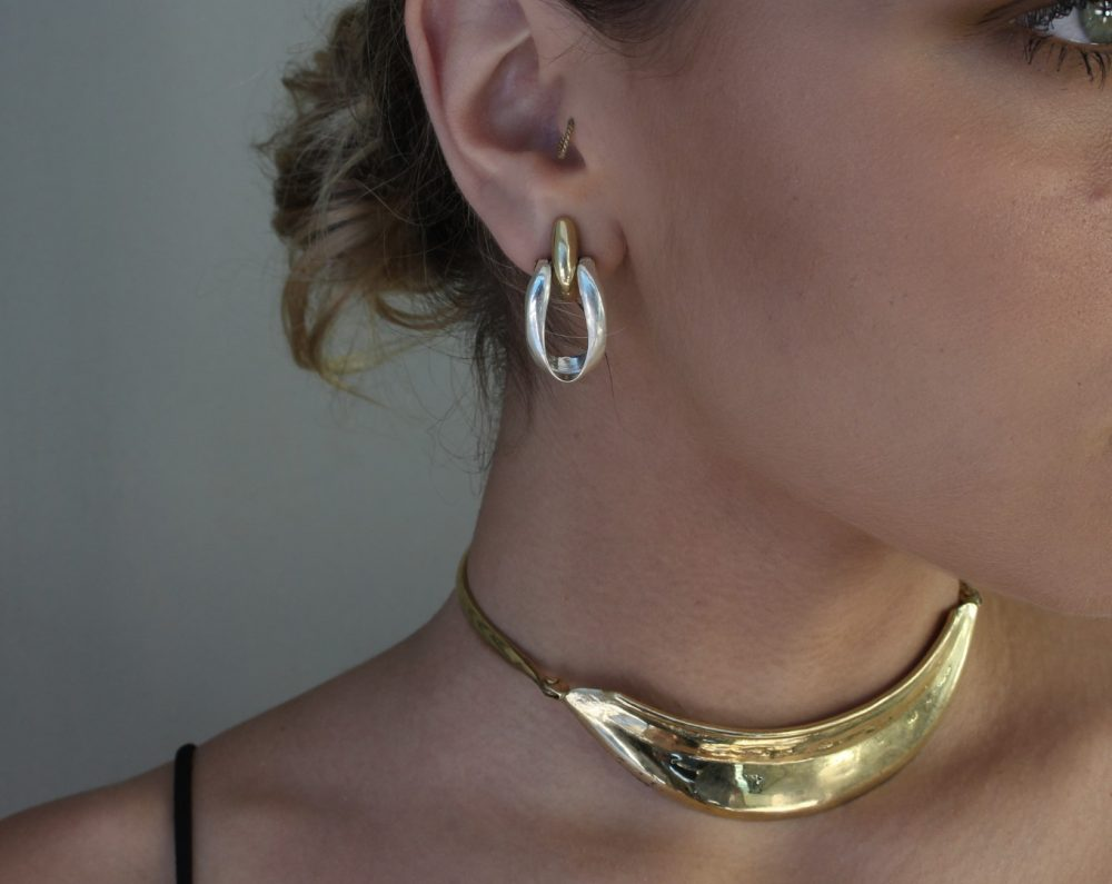 Armor Gold Articulated Collar