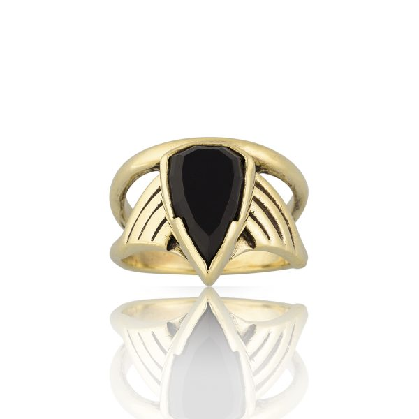 Arrow Onyx Gold Ring