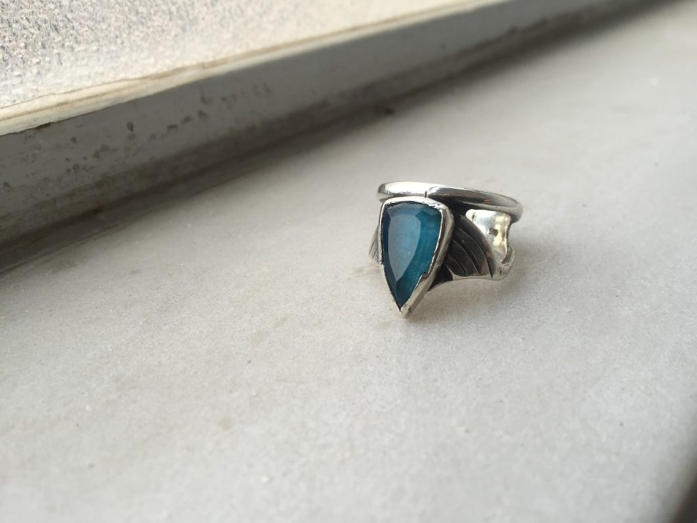 Arrow Apatite Silver Ring
