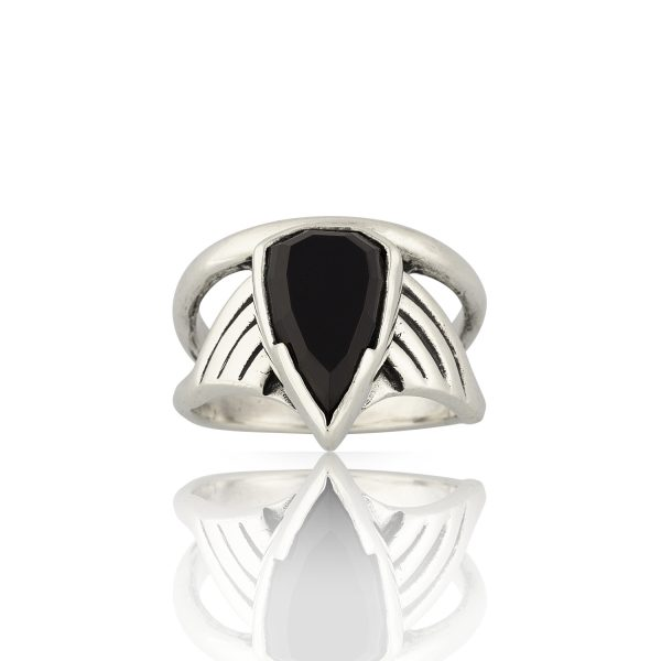 Arrow Onyx Silver Ring
