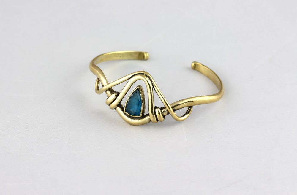 Amazon Apatite Crystal Cuff
