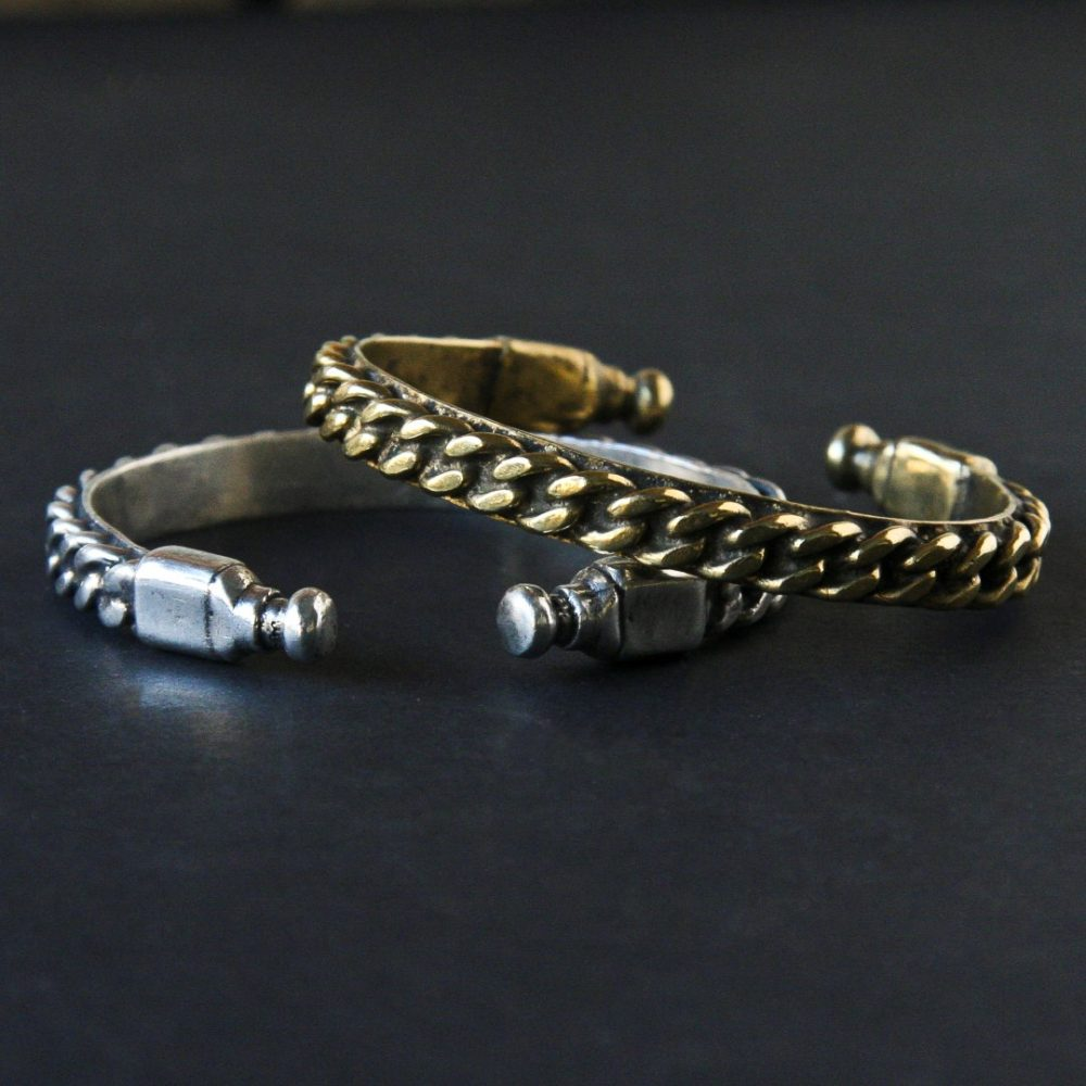 Chain Εngraved Cuff