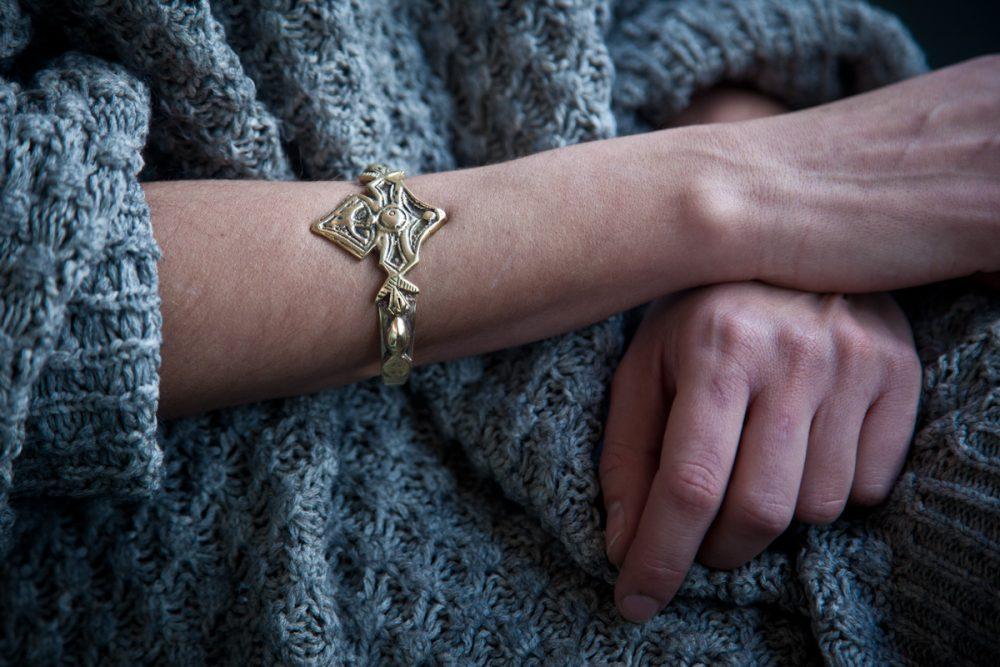 Berber Engraved Gold Cuff