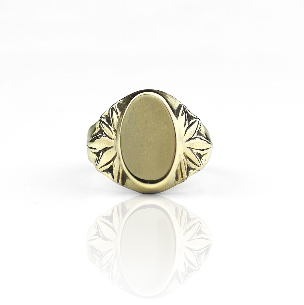 Ermis Signet Gold Ring
