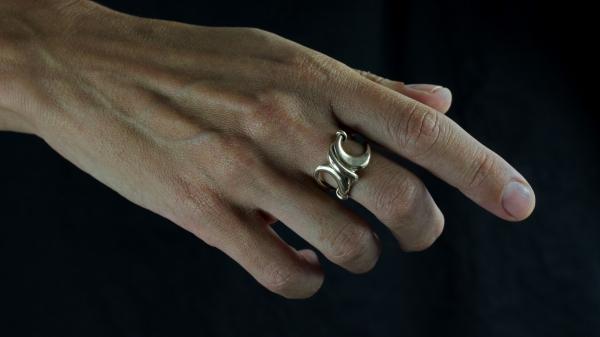 Kasra Gold Ring